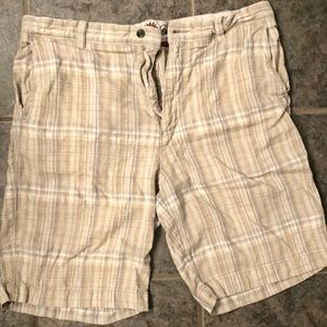 TOMMY BAHAMA Men's Beige Plaid Striped Shorts